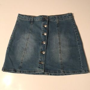 Hot Kiss Jean Mini Skirt L 6 Button Distressed